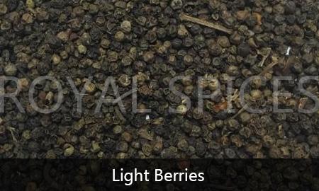 Light Berries Black Pepper Vietnam